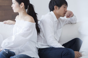 結婚への意識がすれ違っているカップル